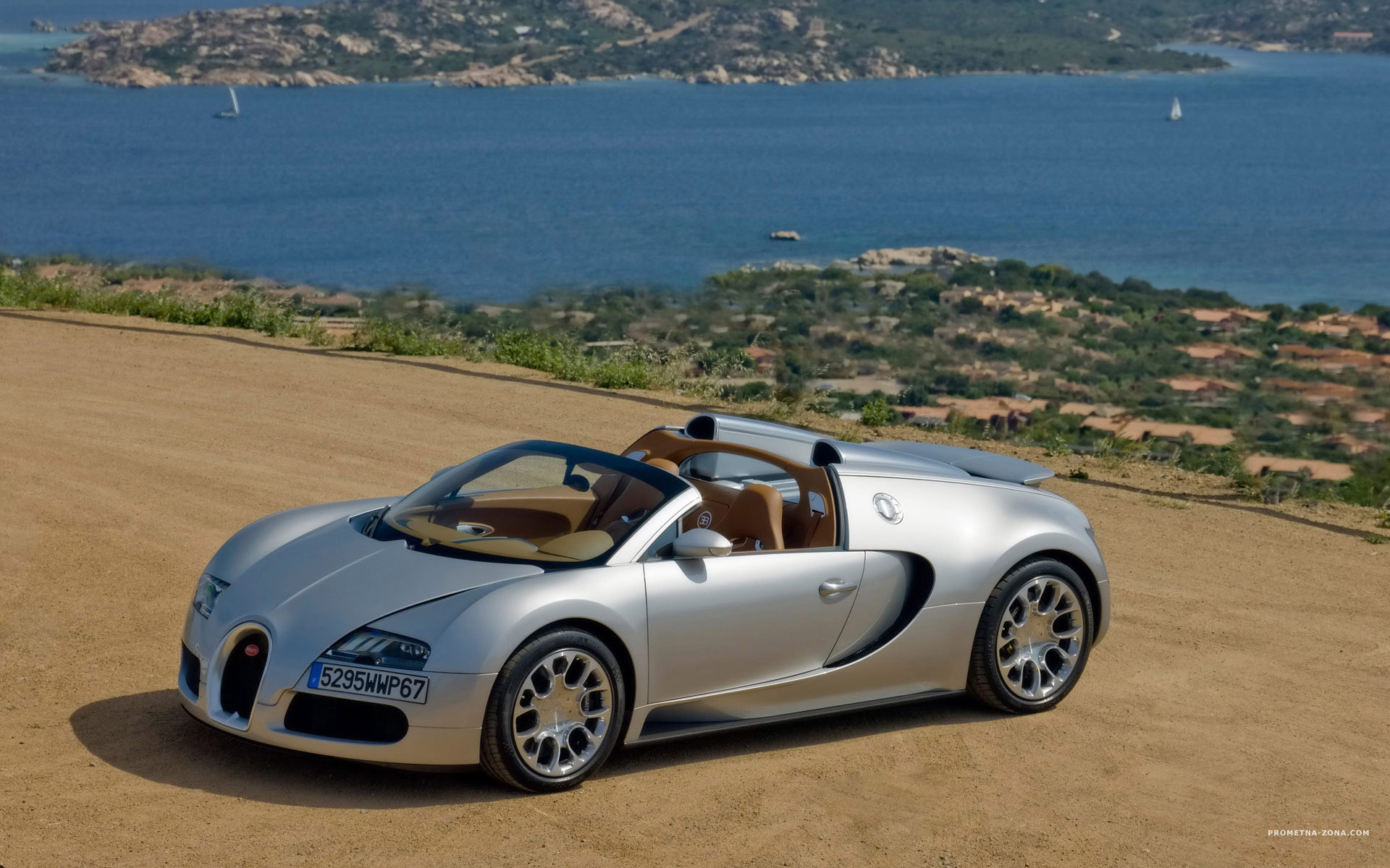 bugatti veyron cabrio prometna zona. Black Bedroom Furniture Sets. Home Design Ideas
